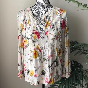 4 for $25☀️Old Navy Floral Blouse